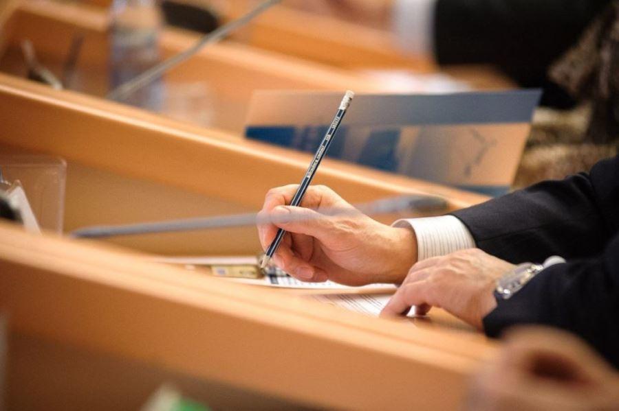Филиалам иностранных компаний будет разрешено получать лицензию в России
