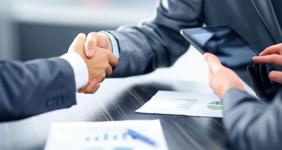 Договор беспроцентного и процентного займа между ИП и ООО