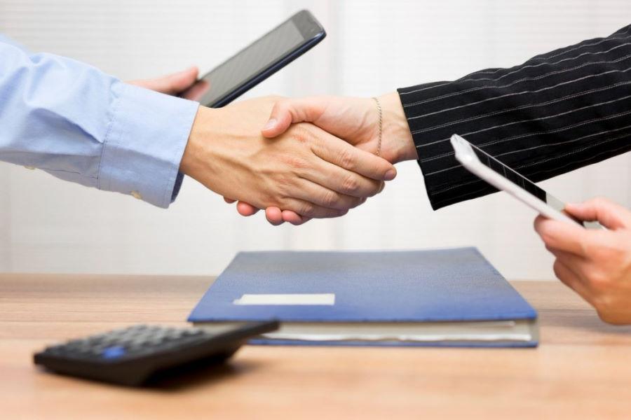 Как продать компанию с долгами? Продажа ООО с долгами законно!